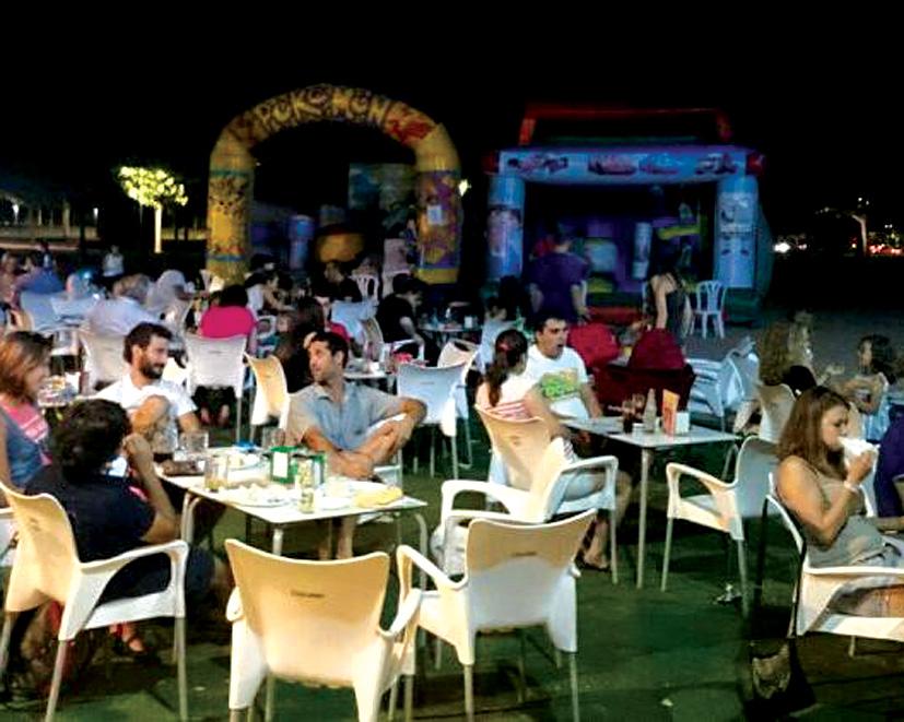Frescas y familiares noches de verano en La Parada