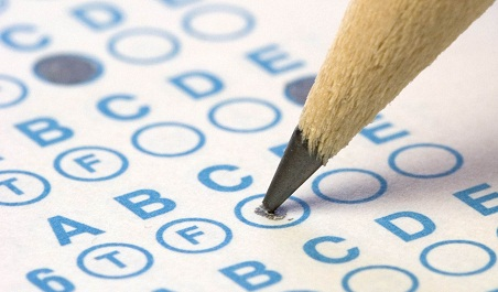 A la cárcel por copiar en los exámenes