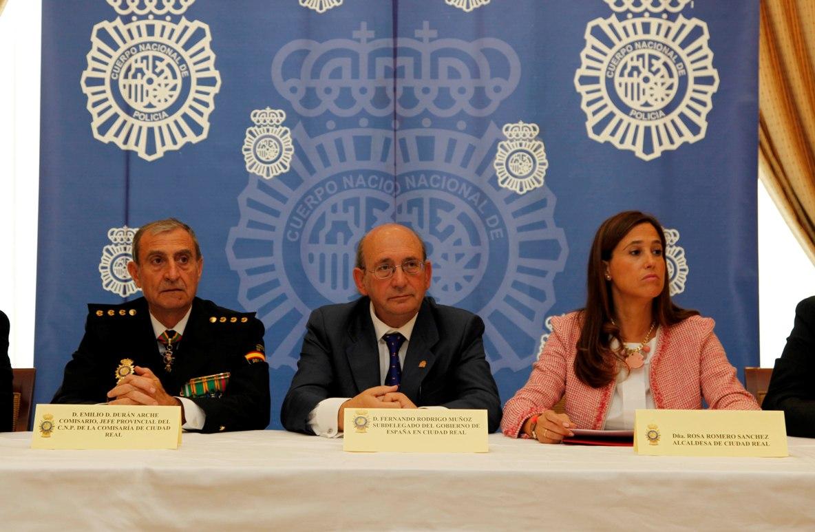 La Alcaldesa de Ciudad Real participa en los actos de celebración del Patrón de la Policía Nacional