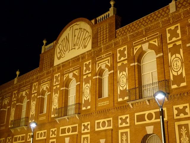 Teatro, danza, canto coral y fotografía en la programación cultural de octubre en Manzanares
