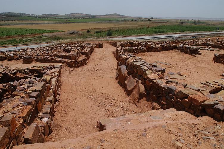 """La Confianza acoge desde hoy en Valdepeñas la exposición """"Patrimonio de Castilla-La Mancha"""""""