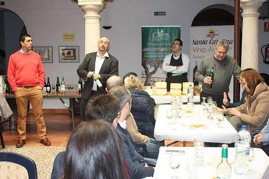 Los vinos de la Cooperativa Santa Catalina y quesos La Casota maridan en el Festival de cine de La Solana