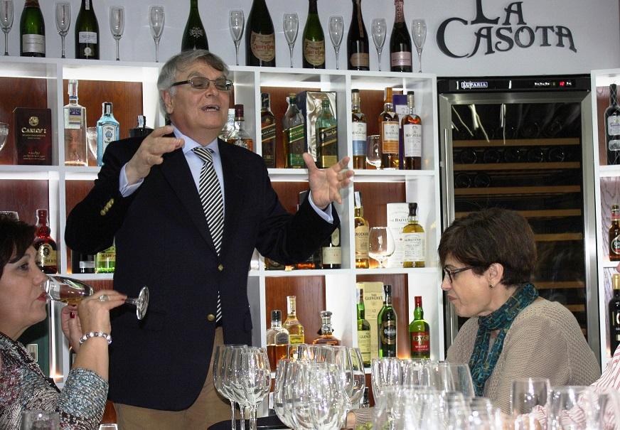 Quesos y vinos exclusivos en La Casota Gourmet, guiados por Jesús Velacoracho