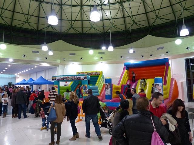 """Más de un millar de niños participan en las actividades de """"Diverinfancia"""" 2014"""