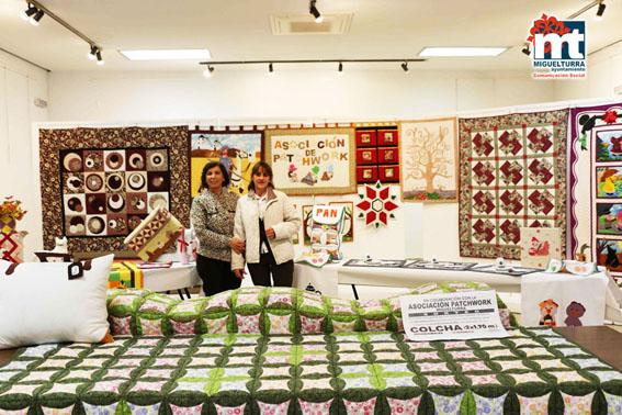 La Asociación Pathwork Miguelturra ha dado a conocer sus trabajos a través de una exposición en el Ayuntamiento