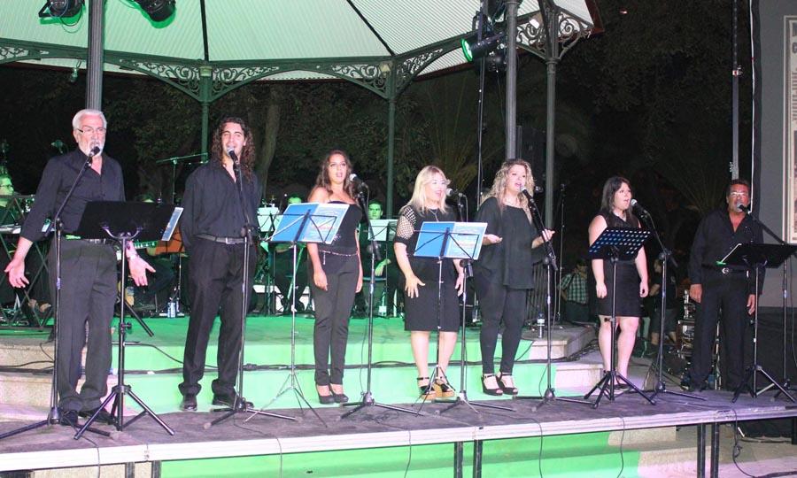 Los amigos de Javier Segovia presentan «Azul al Alba» en la Casa de Cultura de Miguelturra