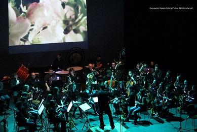 """""""Laniakea"""" triunfa en el Gran Teatro con su original puesta en escena"""