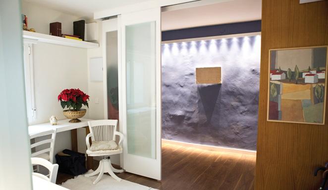 Ambientes móviles en apartamentos con soluciones reales y con estilo