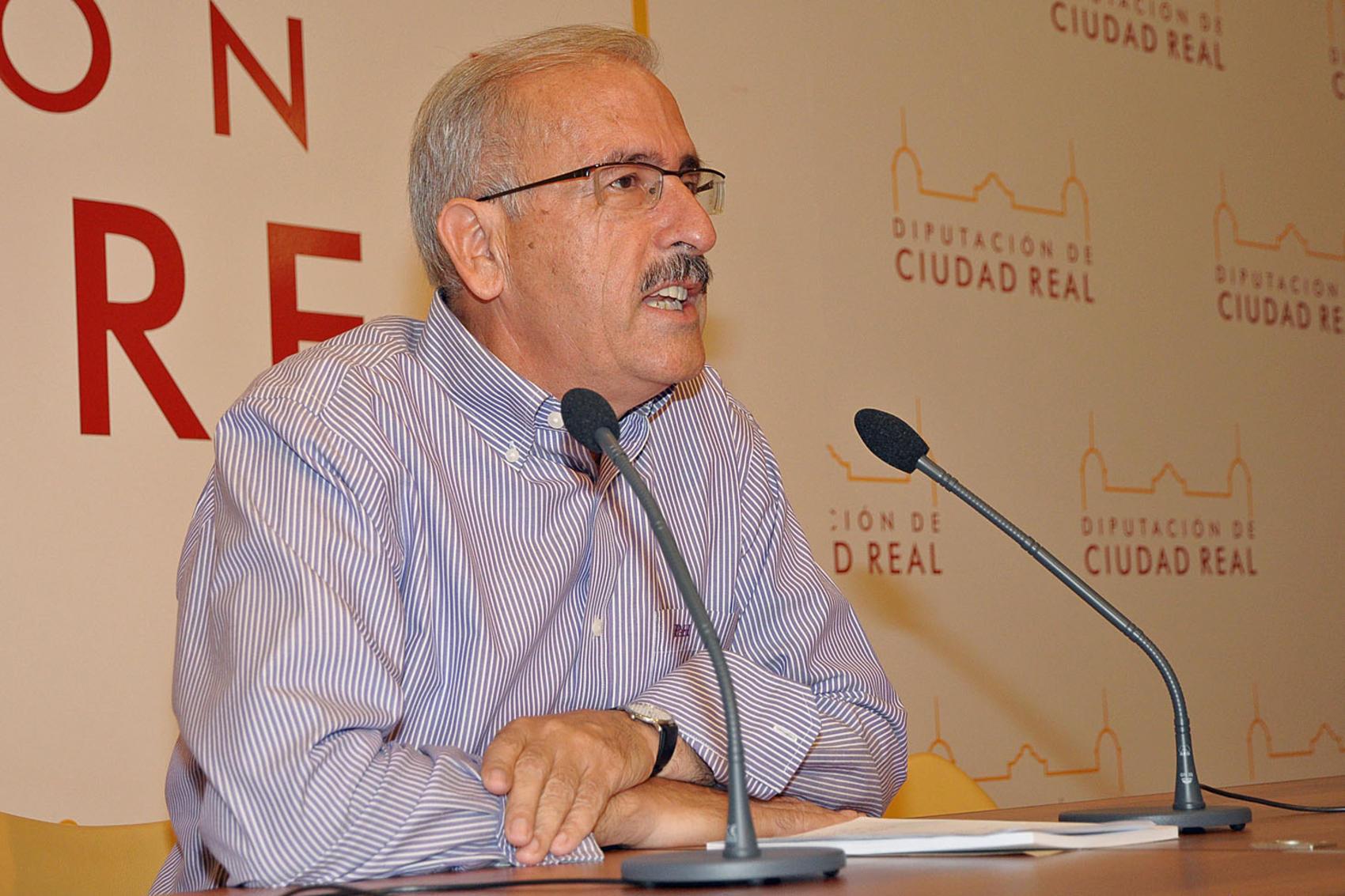 La Diputación potencia las actividades culturales de asociaciones de amas de casa, jubilados, mujeres y vecinos