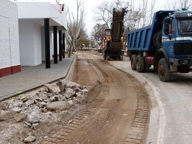 En marcha en Manzanares las obras de mejora y acondicionamiento del caz del Azuer