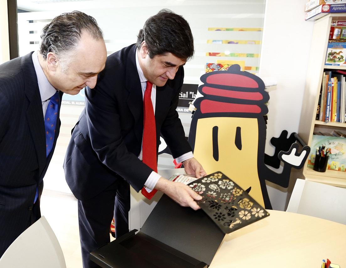 """La Obra Social """"la Caixa"""" y el Gobierno de Castilla – La Mancha inauguran la nueva CiberCaixa del Hospital General de Ciudad Real"""