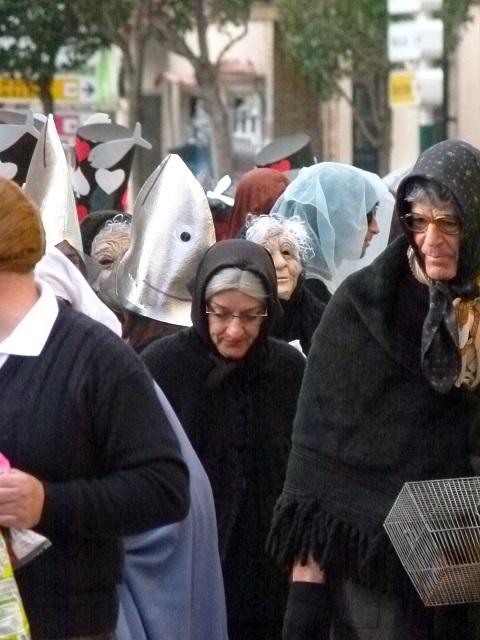 Adiós al carnaval de Manzanares con el entierro de la sardina