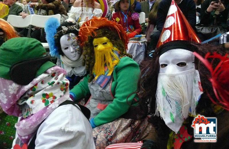 Miguelturra prepara la concentración de máscaras callejeras para hoy, lunes de Carnaval