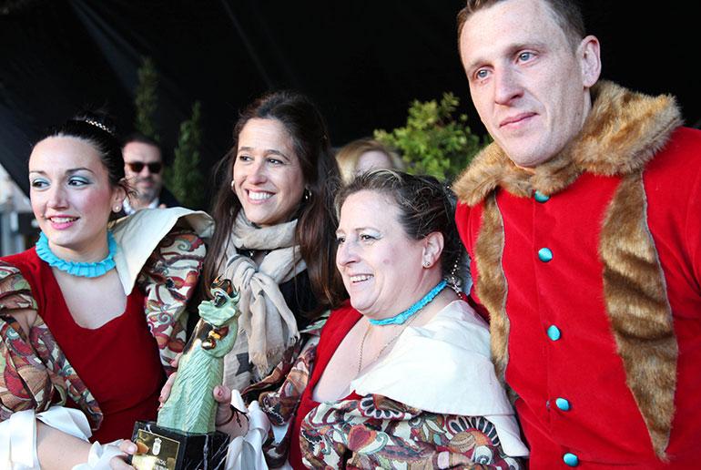 La alcaldesa entrega los premios a los ganadores del Concurso Nacional de Domingo de Piñata de Ciudad Real