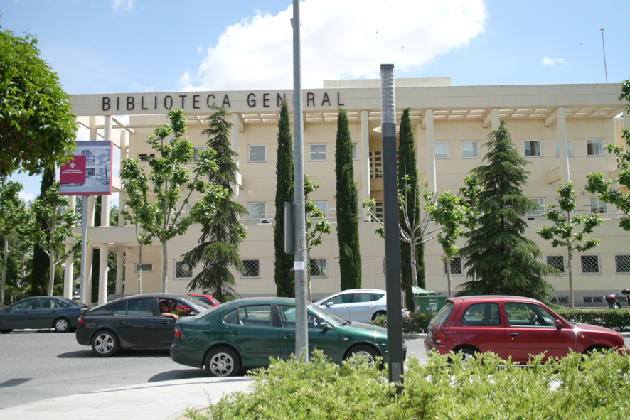 El escritor Lorenzo Silva participará en el IX Ciclo de Conferencias 'Alfonso X' de la UCLM