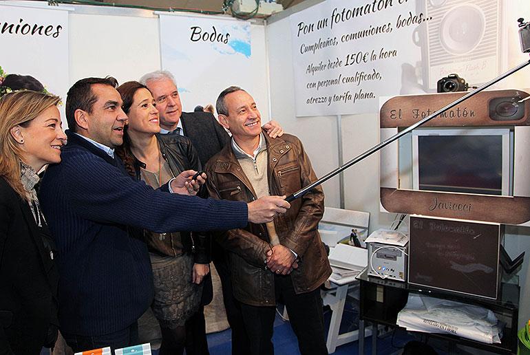 La alcaldesa inaugura la XI edición de la Feria del Stock de Ciudad Real