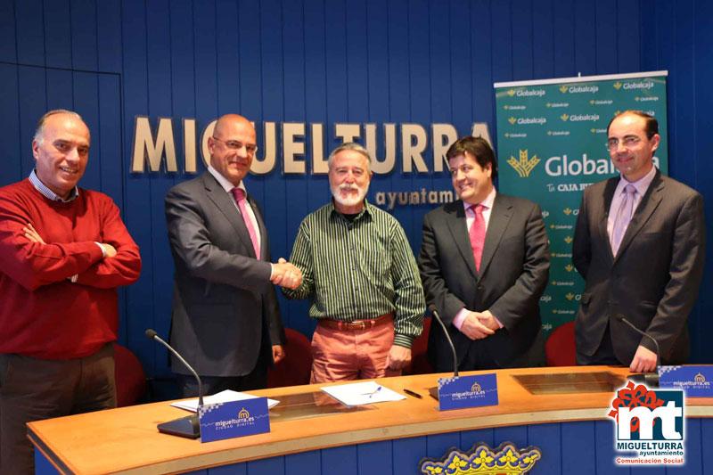 El Ayuntamiento de Miguelturra y Globalcaja firman una refinanciación que beneficiará al consistorio en 134.000 euros
