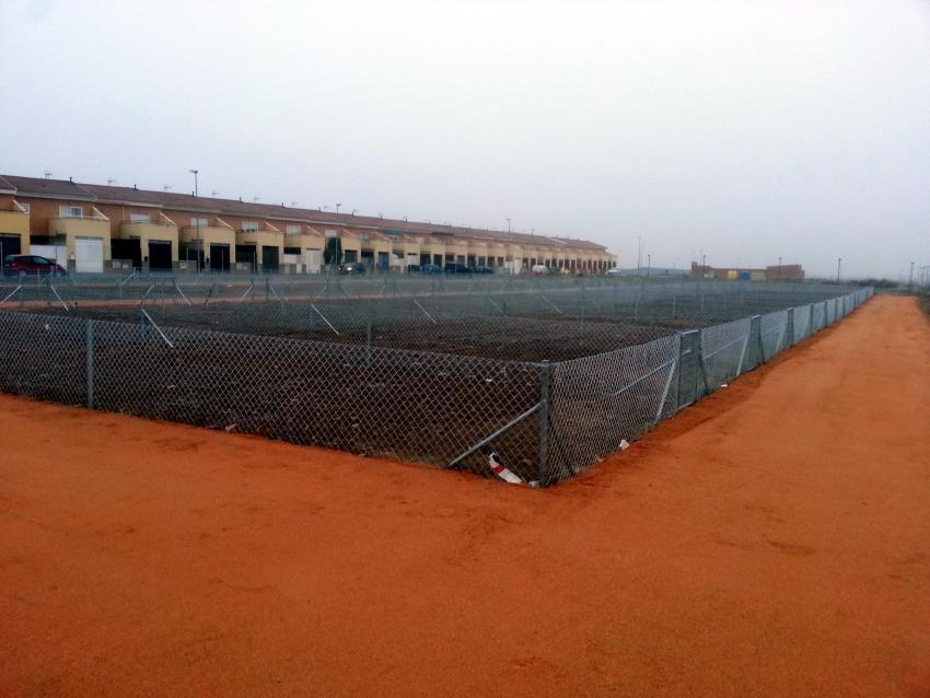 Casi terminado el recinto para huertos urbanos en Carrión de Calatrava