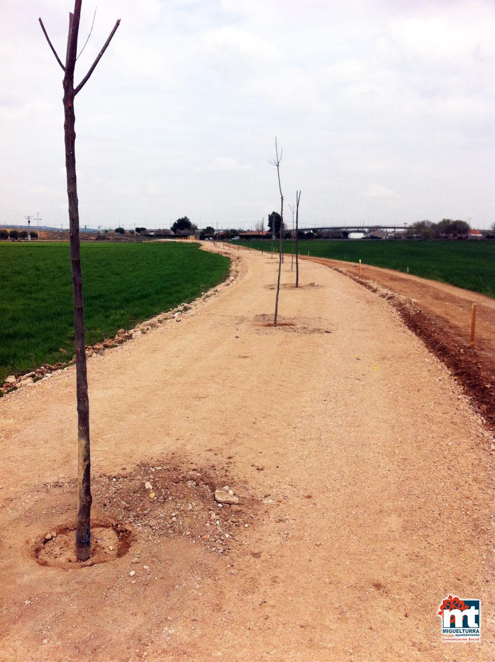 Ampliación del Parque Forestal de San Isidro e inicio de las obras de la Vía Verde de «Malas Tardes» en Miguelturra