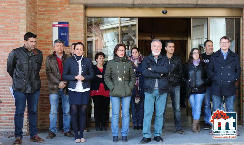 El Ayuntamiento de Miguelturra se ha unido a las muestras institucionales del accidente aéreo del martes