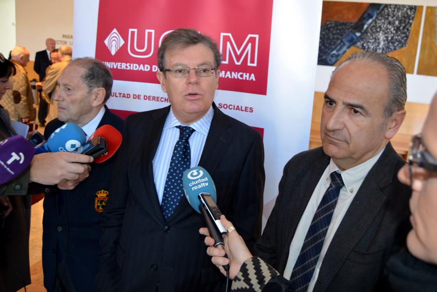 Investigadores y profesionales de las Fuerzas Armadas y la Guardia Civil buscan en la UCLM respuestas al yihadismo