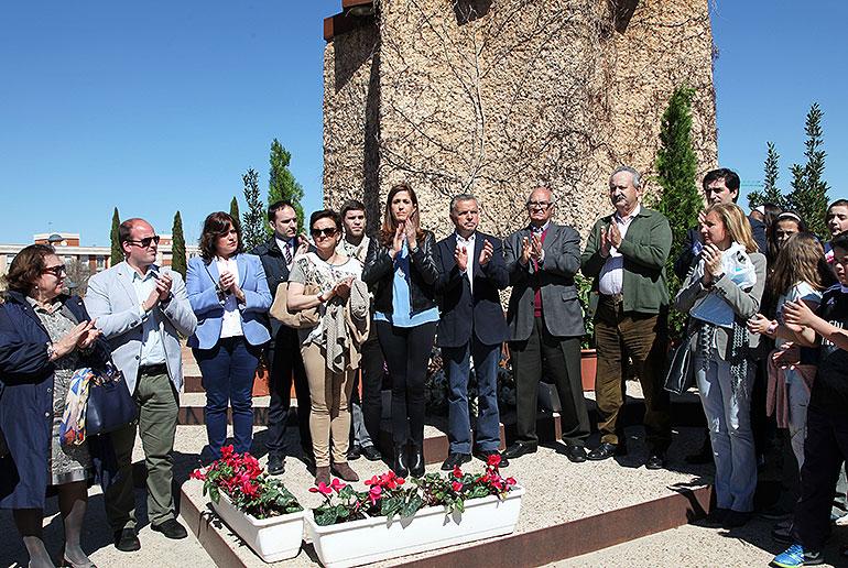 El Ayuntamiento rinde homenaje a las víctimas del terrorismo en el undécimo aniversario del 11-M