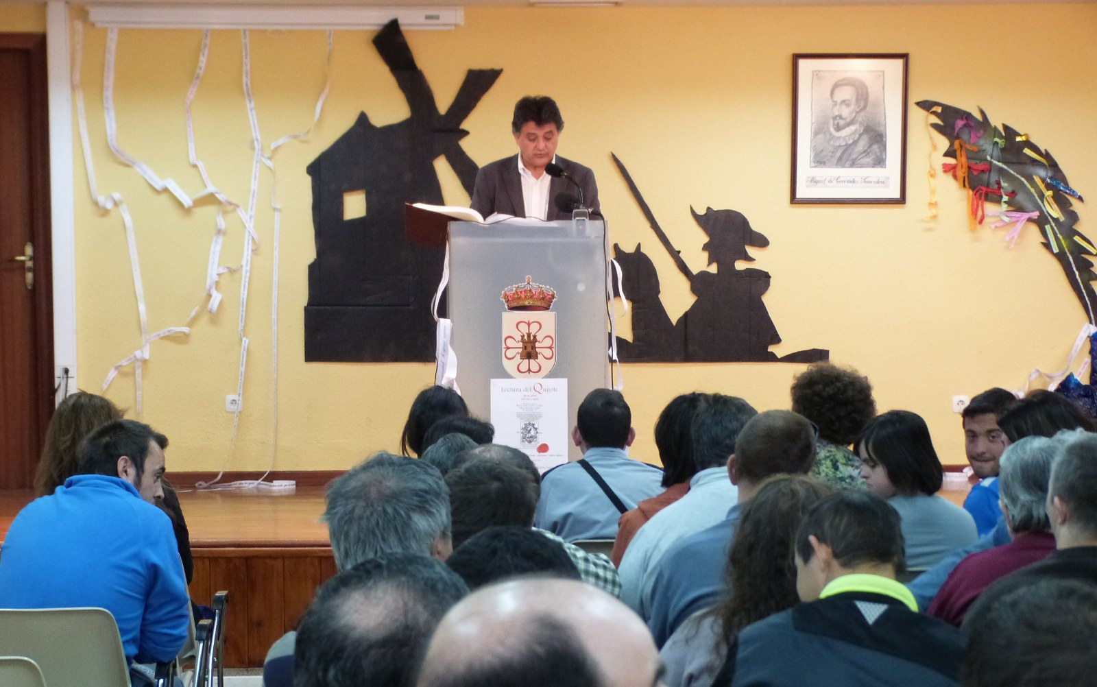 El alcalde y la concejal de Cultura inician la lectura pública de la segunda parte de 'El Quijote'