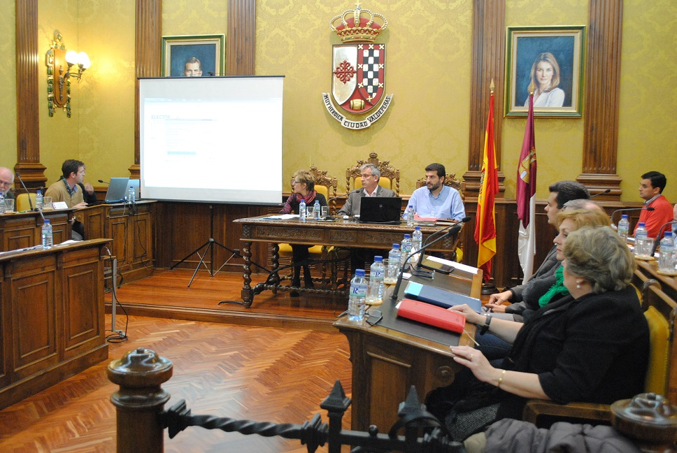 PLENO ABRIL VALDEPEÑAS