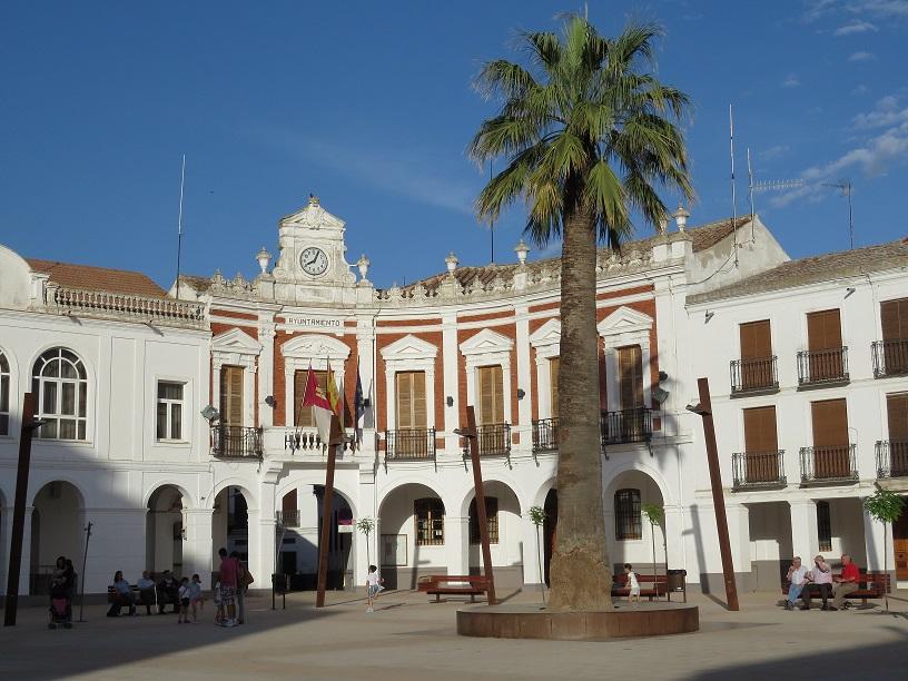 El Ayuntamiento convoca cien ayudas de 35 euros para libros y material escolar de Educación Infantil