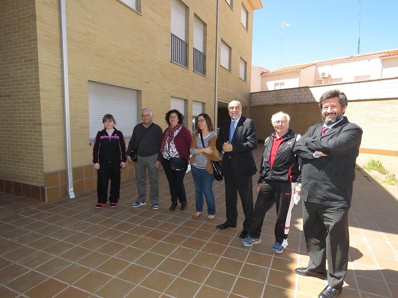 Entregan las llaves a los primeros adjudicatarios de viviendas de la calle Sorolla