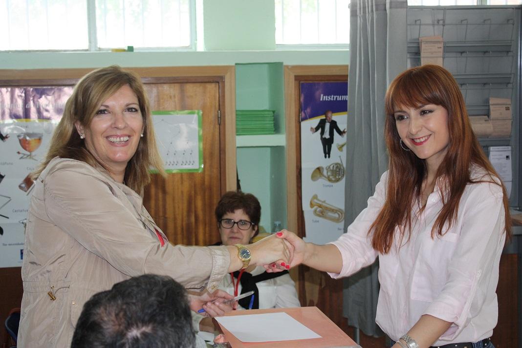 Vota Ana Belén Reinoso