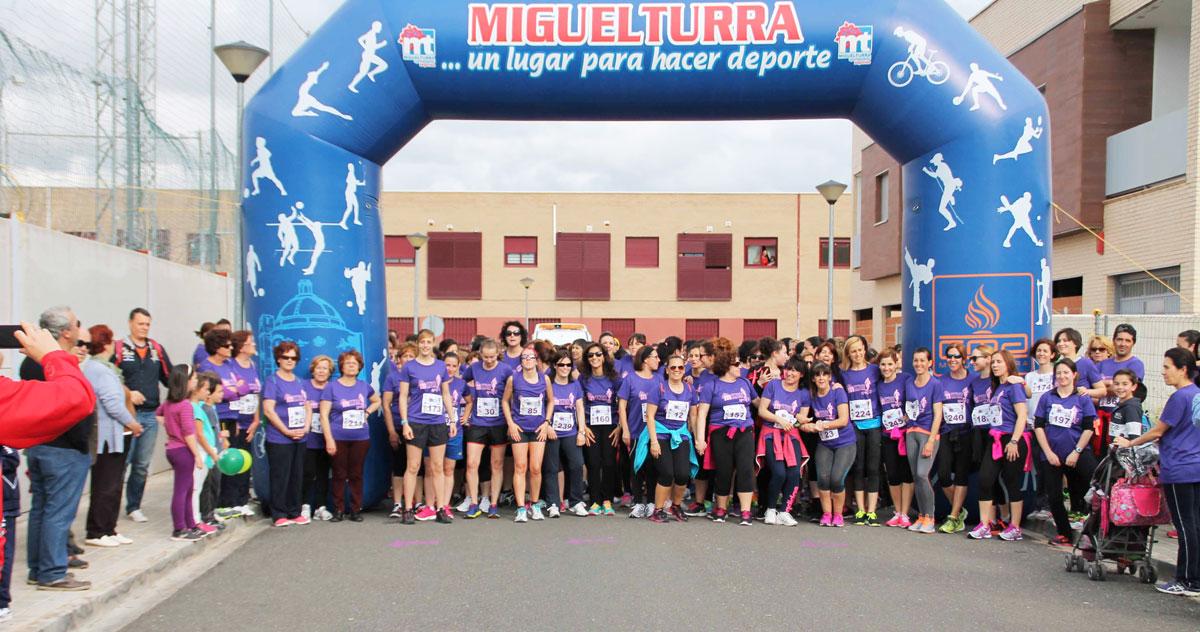 Éxito de participación en la Tercera Carrera de la Mujer con 250 participantes