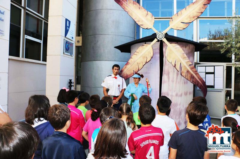 «Cabalgando por el Quijote» del Teatro Narea en la Casa de Cultura de Miguelturra