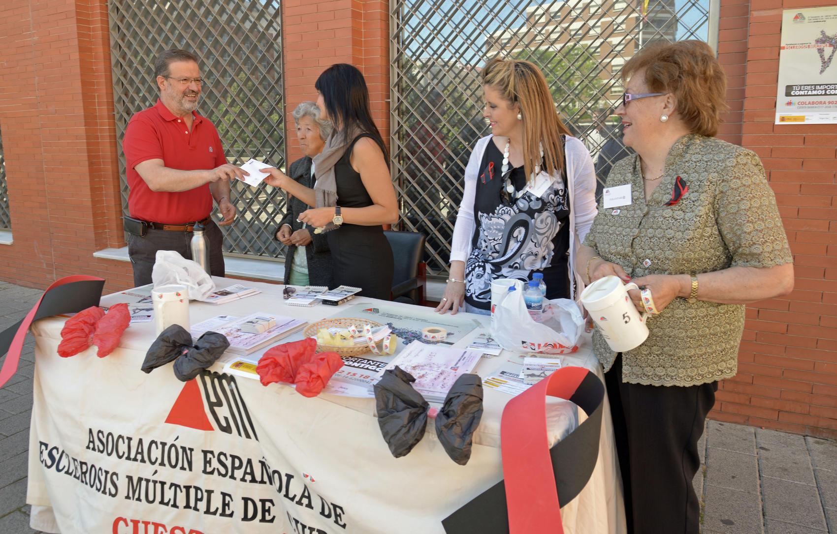 La Diputación colabora con la Asociación de Esclerosis Múltiple