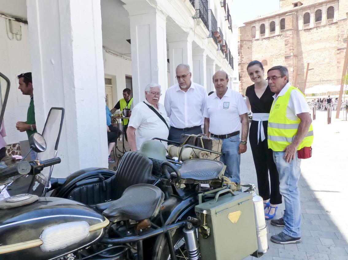 Motos antiguas y en excelente estado se dieron cita en Manzanares