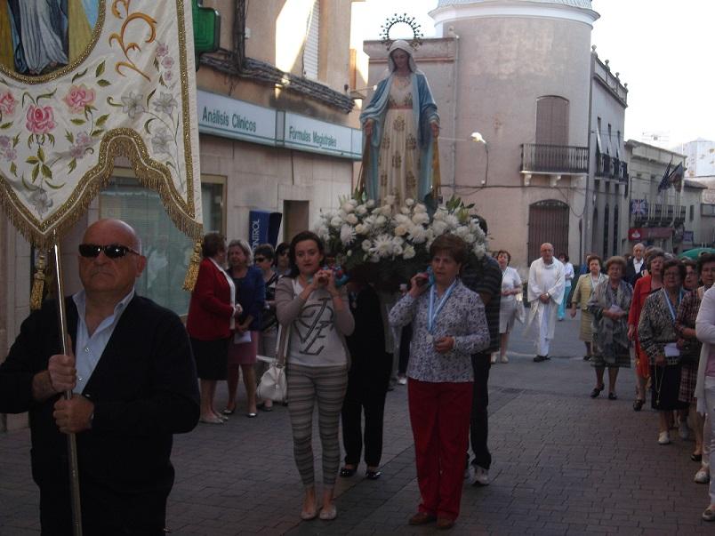 La Virgen Milagrosa recorrió las calles de La Solana en el tradicional rosario de la aurora