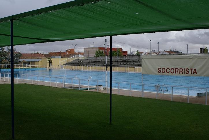 La temporada de verano en las piscinas municipales arranca for Piscina municipal pinto