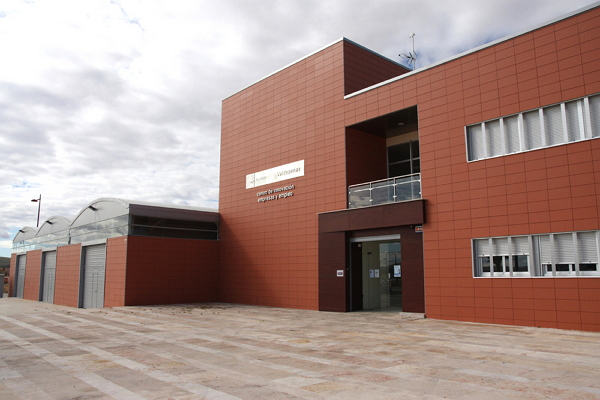El Ayuntamiento de Valdepeñas facilitará el acceso a empresas a través de las naves del CIES