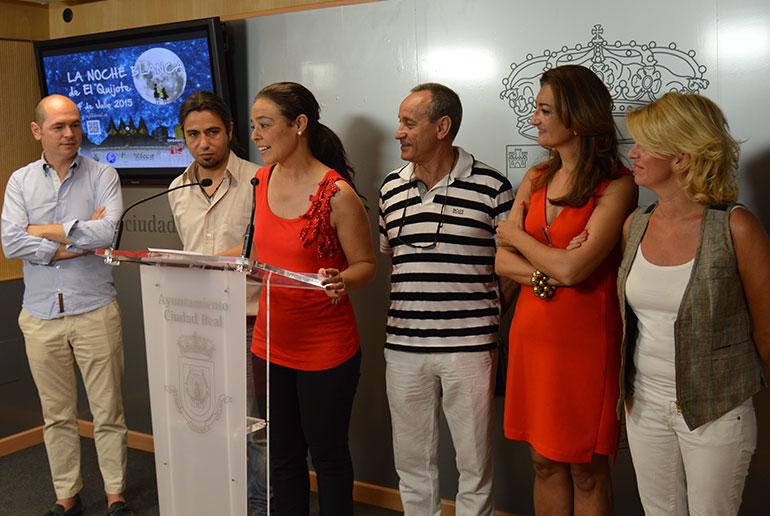 """Zamora invita a toda la provincia a llenar de color """" La Noche Blanca """""""