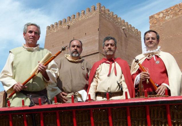 Alcaldes y regidores medievales de 2014