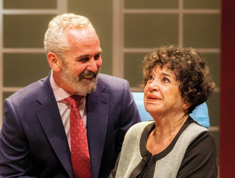 El III premio Patio de Comedias a María Fernanda D´Ocón pone el broche de oro al 5º Festival Nacional de Teatro y Títeres de Torralba
