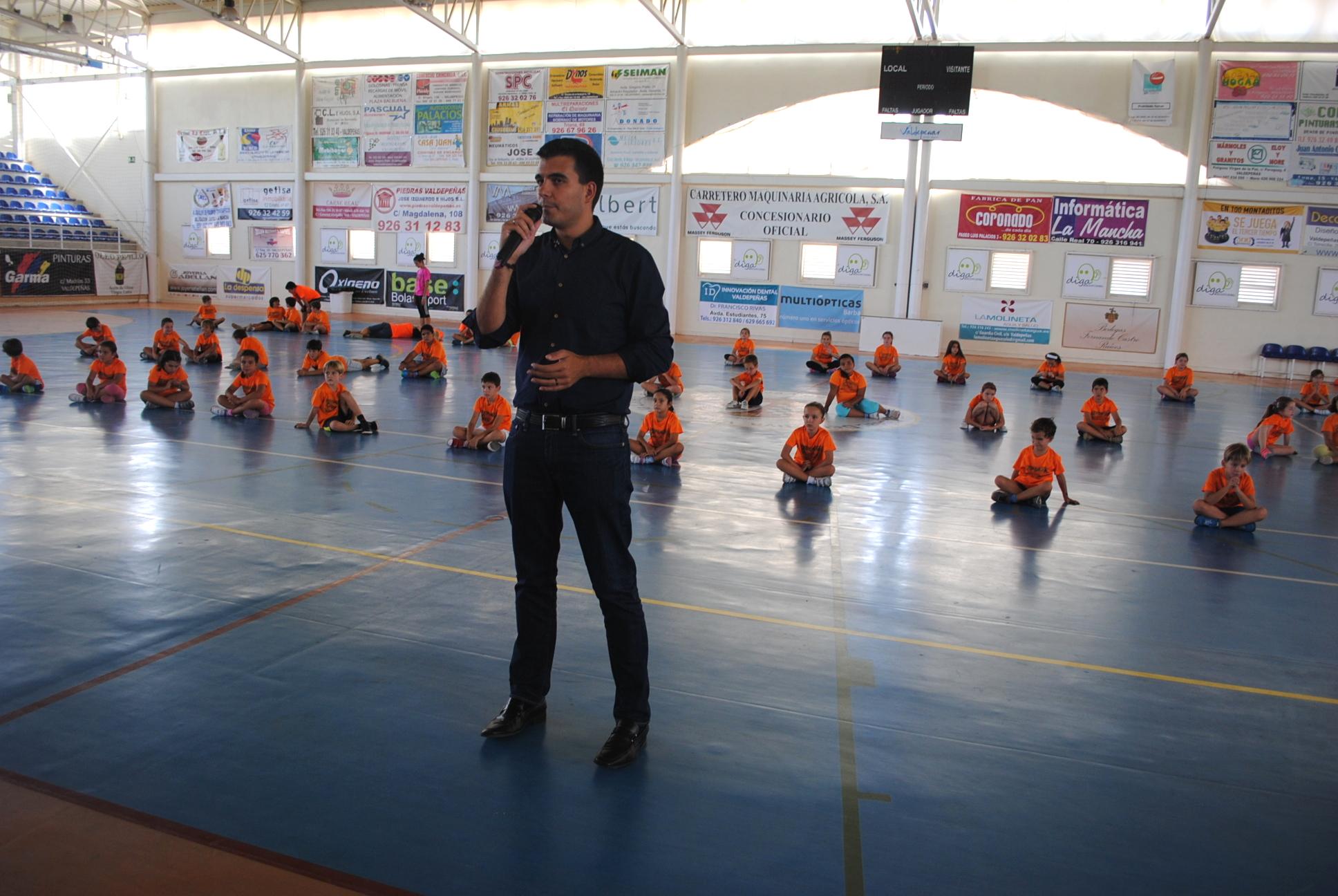 Patón Clausura el Campus Polideportivo de Valdepeñas