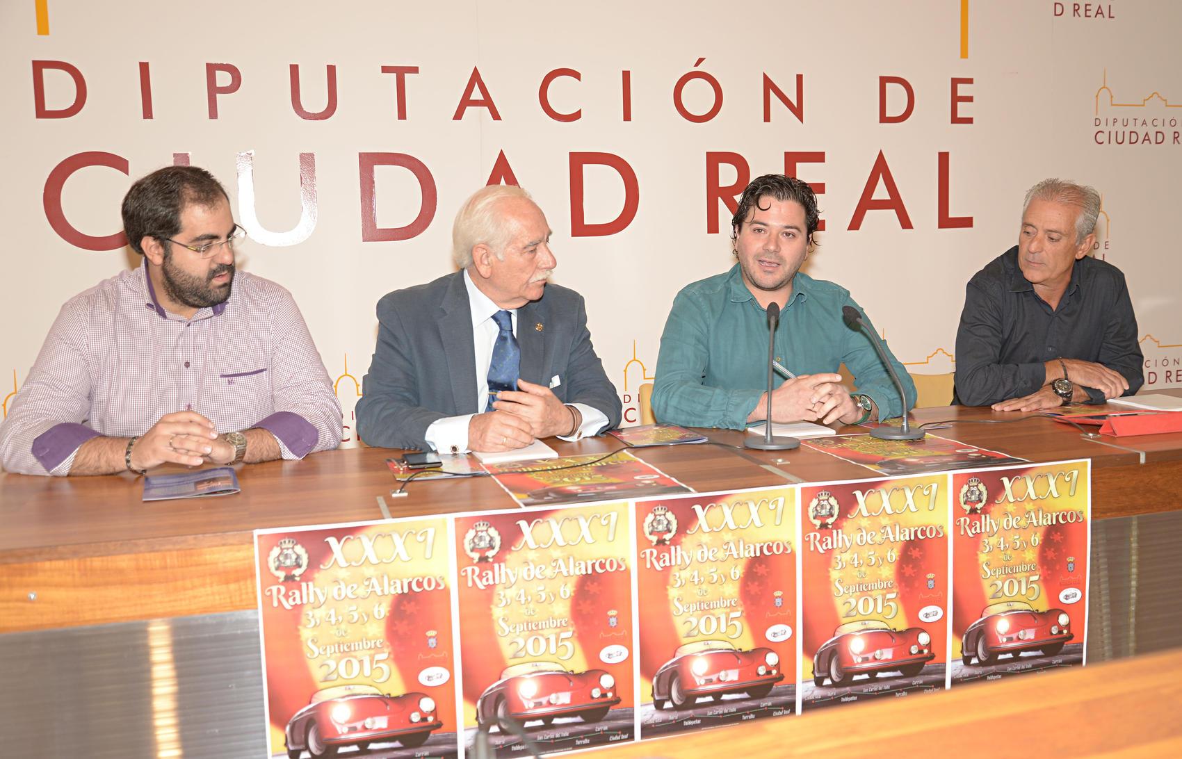 David Triguero anima a los ciudadanos a presenciar los vehículos clásicos en el Rally de Alarcos
