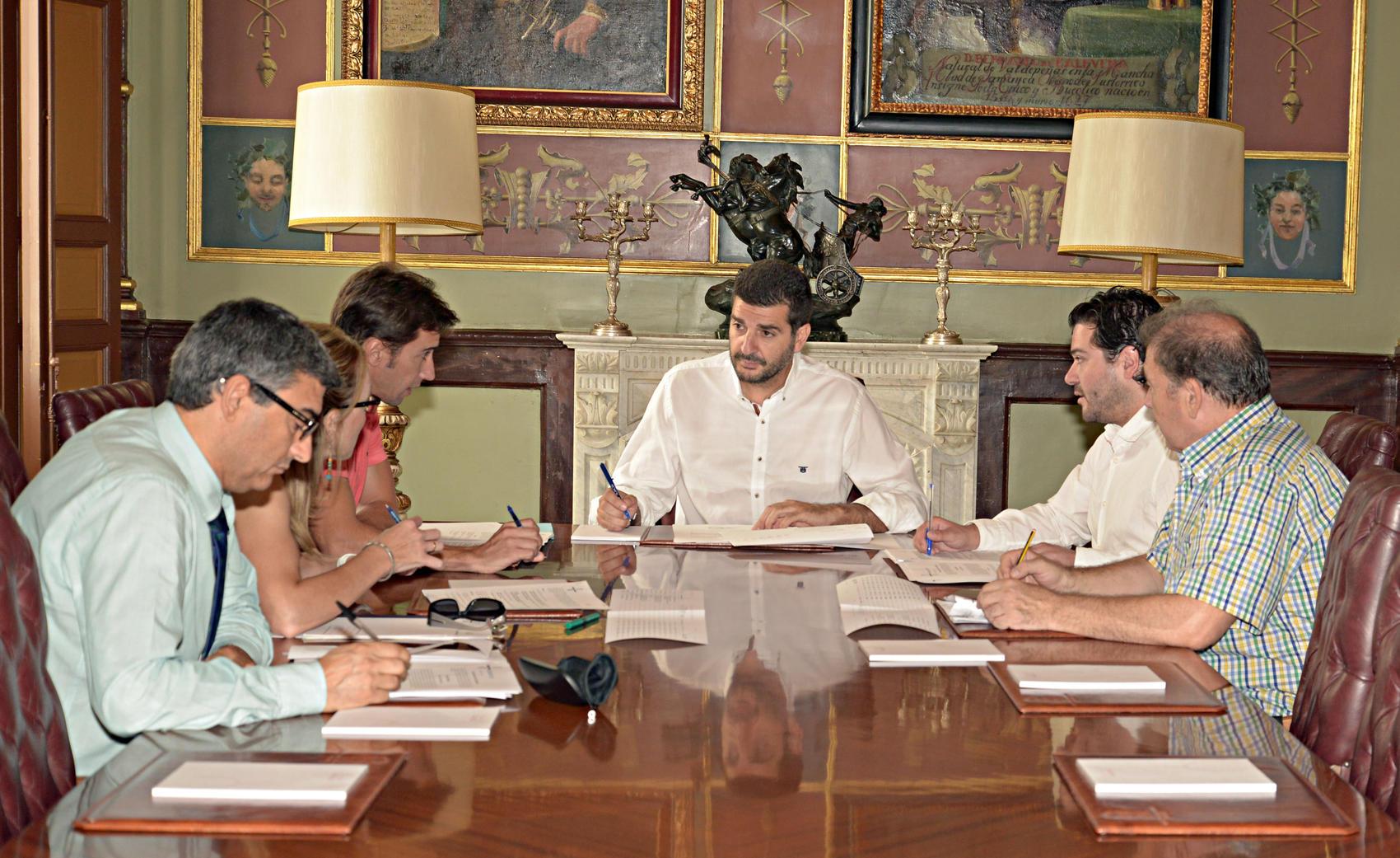 Reunión entre Diputación y Junta