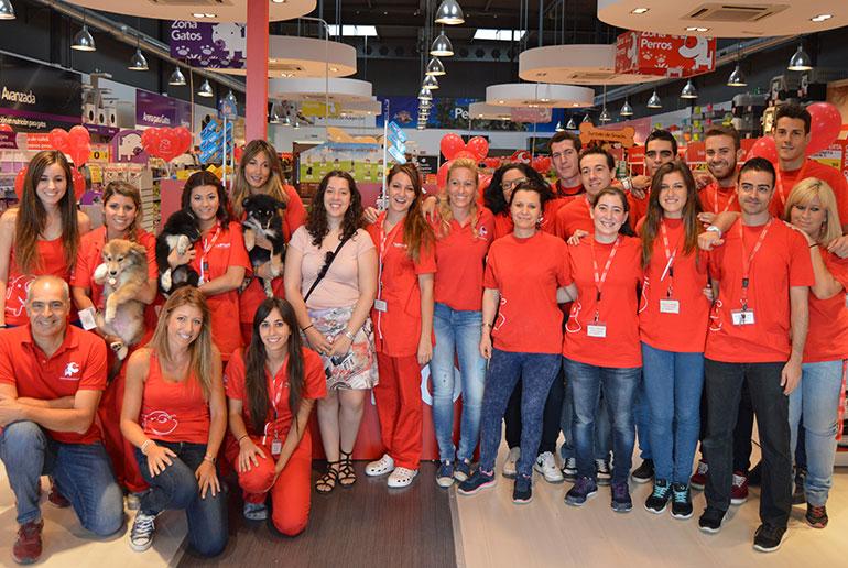 Abre sus puertas en el Parque Comercial Puerta del AVE una nueva tienda para mascotas
