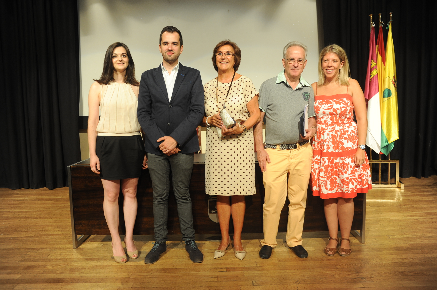 Tomelloso homenajea a sus ausentes representados este año en Francisca Márquez y Ramón González