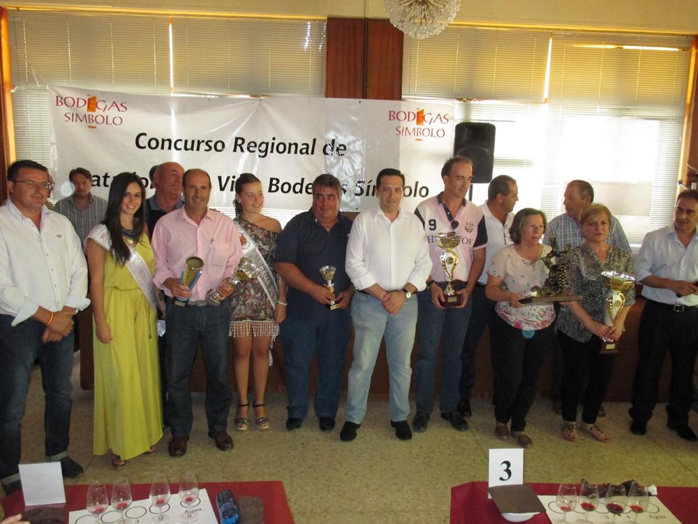 Dolores Mazuecos se impone en el VIII Concurso regional de catadores de vino Bodegas Símbolo