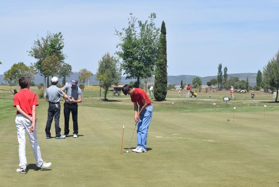 El Club de Golf Ciudad Real lanza una escuela infantil para menores de 5 a 15 años