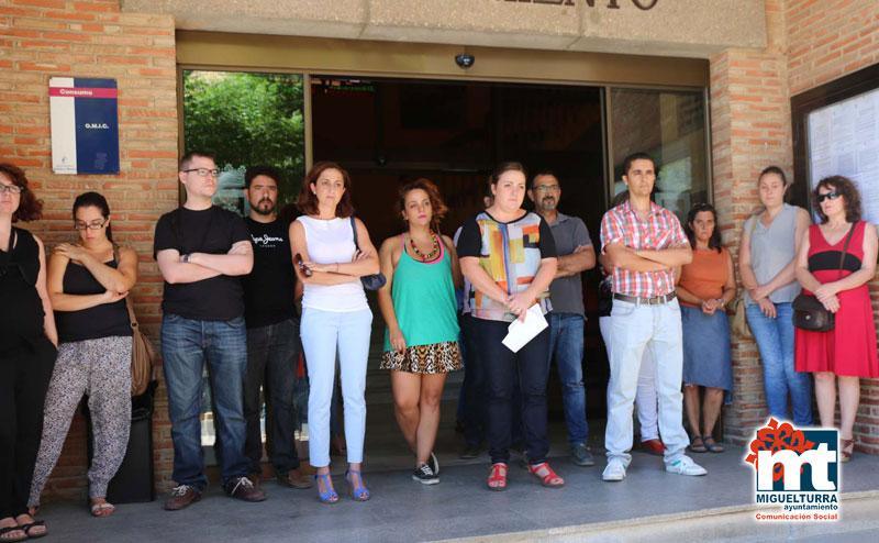Manifiesto contra la violencia de género del Ayuntamiento de Miguelturra a través del Centro de la Mujer de la Concejalía de Igualdad