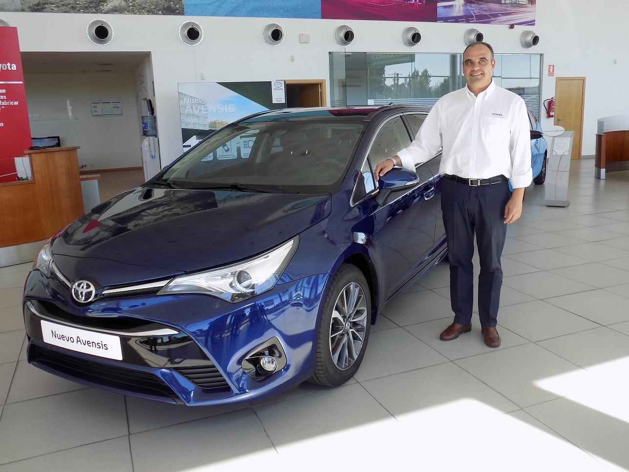 Nuevo Toyota Avensis 2015: más atractivo y dinámico